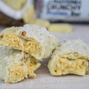 Delicious Crunchy Protein Bar - White Chocolate Cocos Crunch-0
